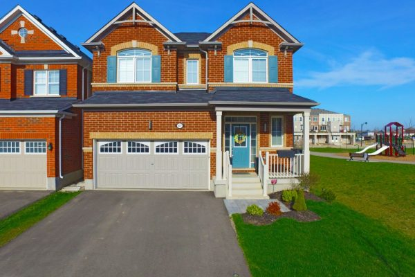 377 Apple Hill Crescent, Kitchener