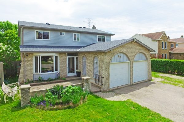 80 Royal Orchard Drive, Kitchener