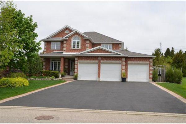 245 Woodridge Drive, Mannheim, Ontario