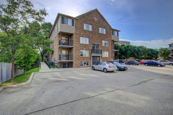 E35-12 Holborn Drive, Kitchener